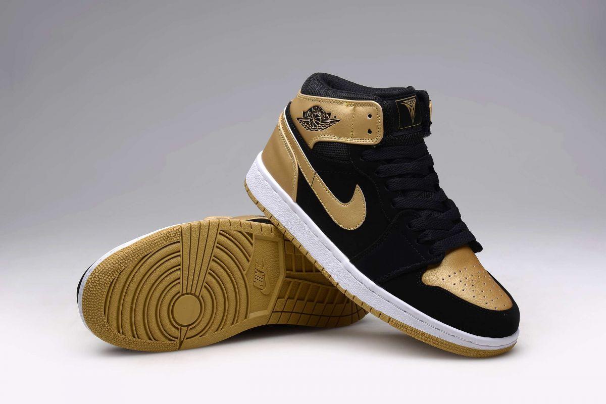 754c7b86ad4 Tênis Nike Air Jordan 1 Retro High Masculino na Import Clothes